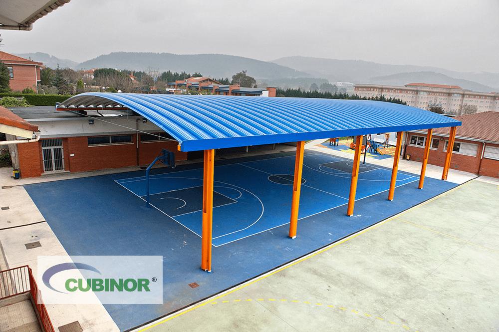 Cubierta autoportante para pista de colegio en Derio, País Vasco