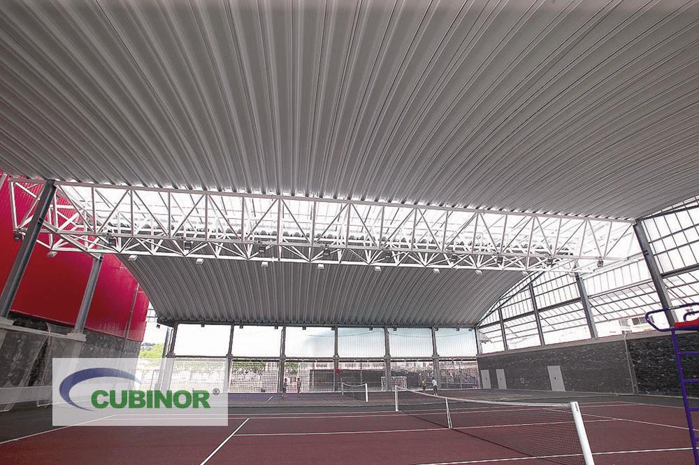 Cubierta autoportante para pista de tenis en complejo deportivo Michelín Lasarte, Guipúzcoa