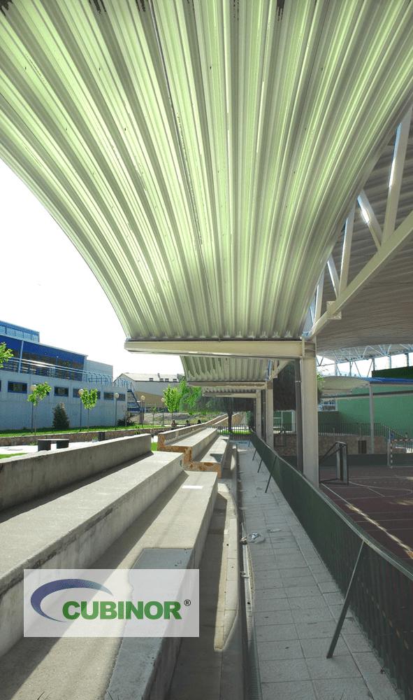 Cubiertas autoportantes para pista polideportiva con grada en San Agustín de Guadalix, Madrid
