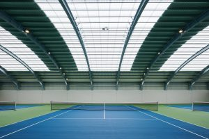 Interior cubierta club tenis pamplona