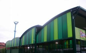 cubierta autoportante pista de pádel Real Grupo Covadonga en Gijón