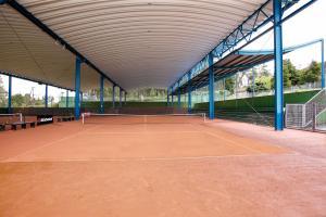 cubierta autoportante pistas de tenis mercantil de Vigo